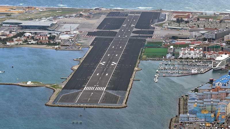 راهنمای طراحی روسازی فرودگاه و روسازی بنادر